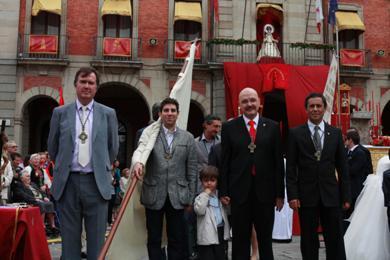 Respresentación de la hermandad en la festividad del Corpus 2012